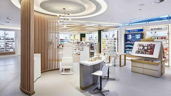 Douglas Flagship Store Frankfurt_Studio_580
